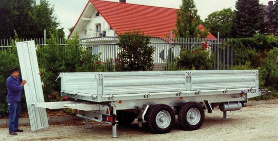 Typ UKD - Lkw-Dreiseiten-Kipper mit Rampe + TopZurr® 21